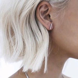 Dainty Bar Earrings [Silver]